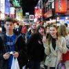 【衝撃画像】海外のDQNが日本に来た結果→ 興奮しすぎて驚くべき行動にwwwww