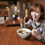 【警告】女性がドン引きする「男のラーメンの食べ方」ランキングTOP5wwwwww