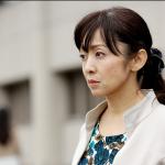 【文春】斉藤由貴、浮気相手の医師が衝撃告白!!(手つなぎデート画像あり)