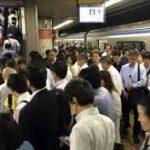 【海外の反応】フランス人「日本人の満員電車をみて驚愕した」その理由がこちら…