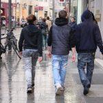 【警告】女子が選ぶ「嫌いな男性のファッション」ランキングwww 1位はなんとwww