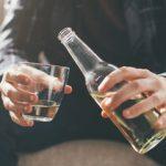 松岡昌宏「山口達也の診断書にアルコール依存症とは書かれていなかった」専門家「それはですね・・・・」→ 結果wwwwwwww