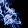 【悲報】喫煙所でVAPE吸った結果→ おっさんが急にやってきてwwwwwww