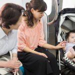 【Twitter】電車内で泣く赤ちゃんに男が暴言を吐いた結果・・・・・・