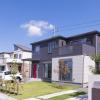 ワイ「ついに年収1000万円に到達したで!東京23区内に庭付き一戸建て買えるんやろなあ♪」→ 結果…