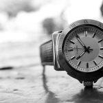 【警告】腕時計の電池交換を店でやってもらってる奴に告ぐwwwwww