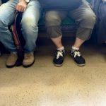 【悲報】Twitter女さん「生後1ヶ月の子の心臓手術のため電車に乗ったが誰も席を譲ってくれない。日本終わってる」→ 結果…(画像あり)