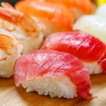 【衝撃画像】中国で大人気の屋台の寿司がこちらwwwwwwww