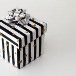 【悲報】彼女から貰った誕生日プレゼント開封した俺、中から出てきたものに絶句…