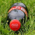 【驚愕】光るコーラが発売され話題に→ ご覧くださいwwwwwwwww(画像あり)