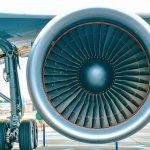 【狂気】中国で「飛行機のエンジンにお賽銭を入れると道中安全」という迷信が流行した結果wwwwwwww