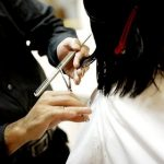 【狂気】大阪のカリスマ美容師さん(27)、とんでもない行動wwwwwwww(※リンク先に動画あり)